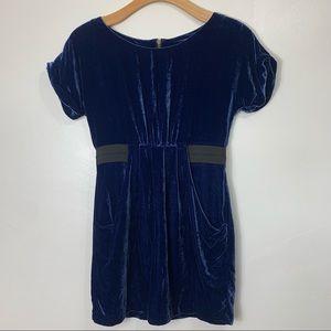 12th street by cynthia Vincent blue velvet midi dress